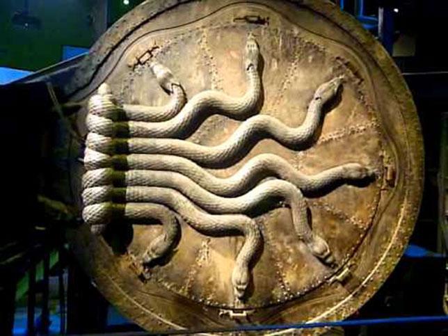 Illuminati-symbols-harry-potter-7-snakes