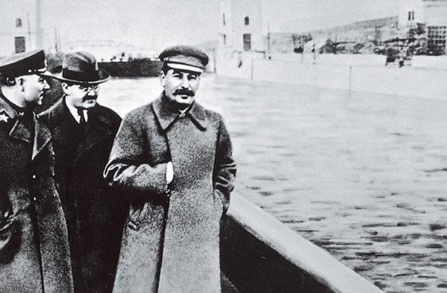 illuminati-signs-joseph-stalin-hidden-hand-sans-Yezhov