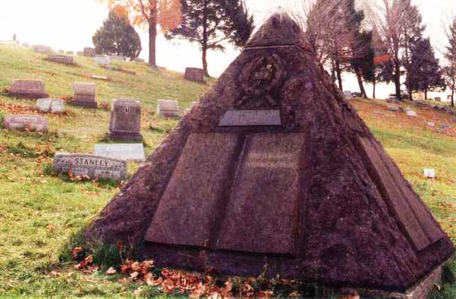 Illuminati symbols Jehovah's Witnesses founder Charles Taze Russell Pyramid