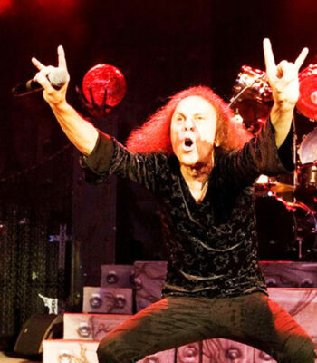 illuminati sign Black Sabbath Sign of the Horns
