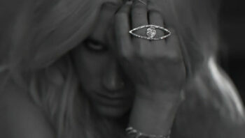 illuminati sign Kesha die young all seeing eye