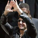 Tom Cruise – Pyramid Sign