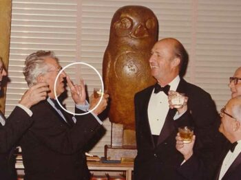 illuminati signs bohemian grove devils horns